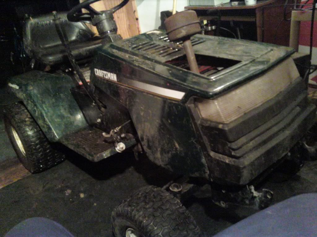 Heres My craftsman rider 14.5hp i/c gold ohv 1204011858