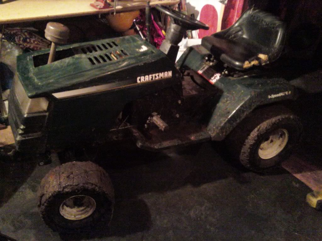 Heres My craftsman rider 14.5hp i/c gold ohv 1204012005