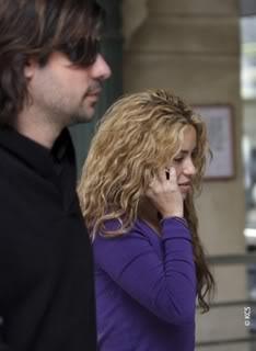 Shakira and Antonio in Paris Normal_00031