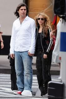 Shakira and Antonio out in New York City Shakiiantonio