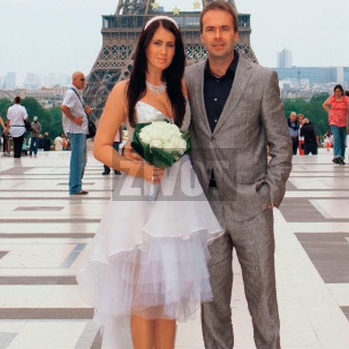 MUSR 2002 Eva Dzodlova got married! Eva-dzodlova-rezesova-alexander-rez