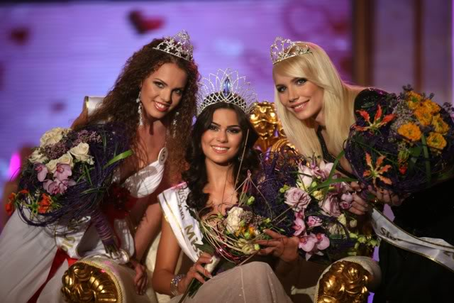 TONIGHT Miss World Slovakia 2010: LIVE UPDATES+LIVE LINK! - Page 4 O_000-misssky-s