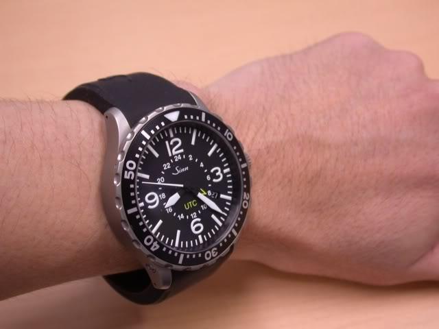 La montre qui vous tente pour la rentrée ...Et Attention ! Une seule ! DSCN1422