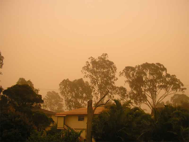 DUST STORMS OVER SOUTHEAST QUEENSLAND Dust-storm-