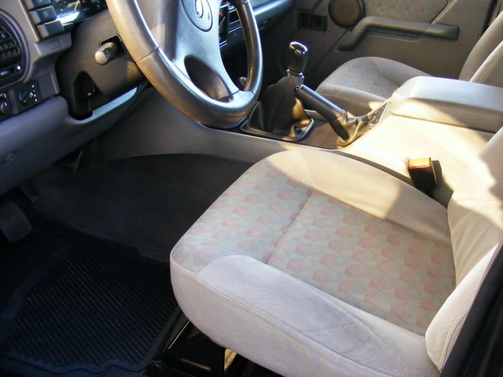 Tratamento Interior a Land Rover Discovery 300tdi de 94 2008_09140074