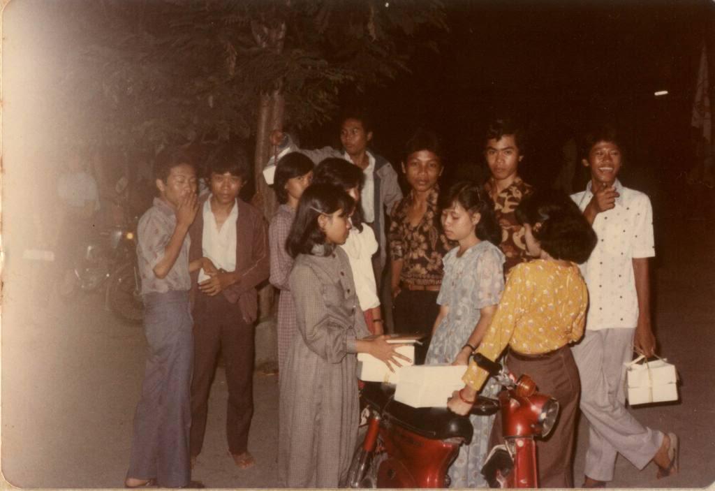 FOTO SMA TRIMURTI Th.80an Osis80-81054