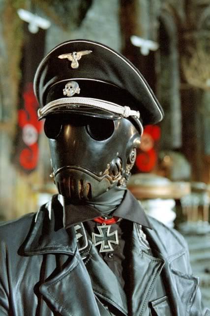 Characters Hellboy-nazi-2