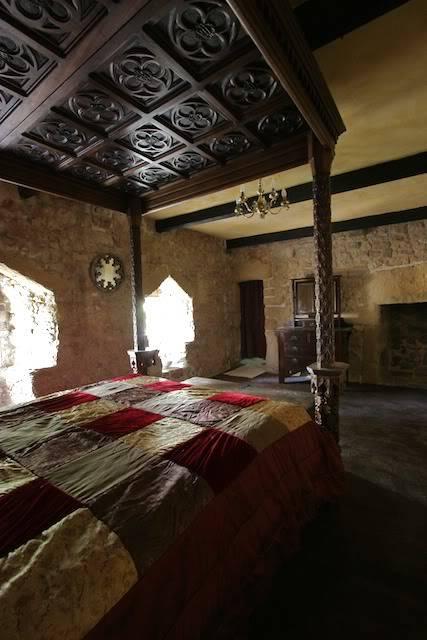 Atwood Manor House LillisRoom2