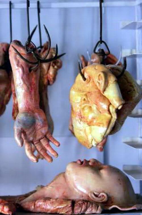 """Pan de muerto"". Peculiar pan chino. Pan-cuerpo-podrido-04"