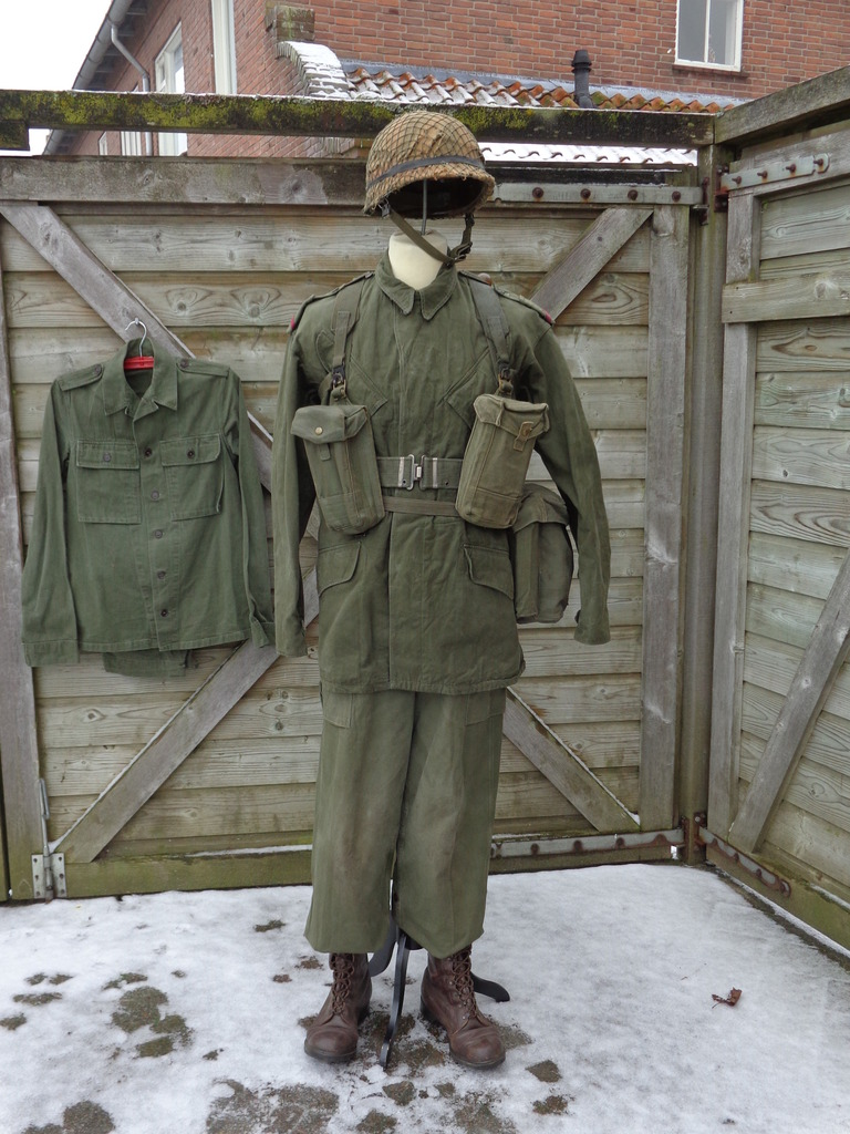 Dutch army loadout displays (cold war era) Nederland%201969-1976