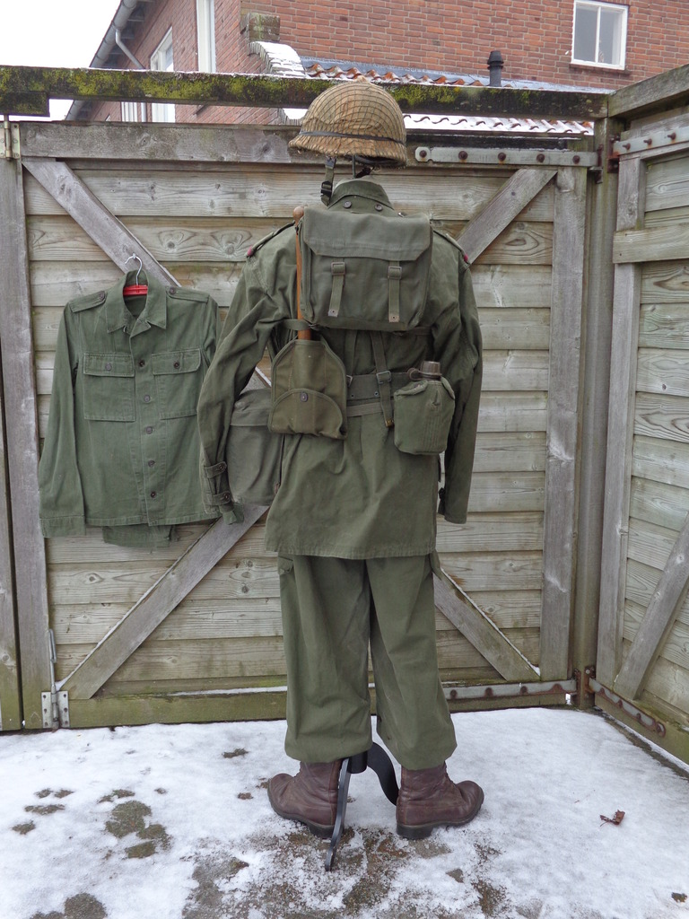 Dutch army loadout displays (cold war era) Nederland%201969-19762