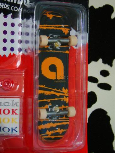 Fake Tech Decks DSC06751_366x488