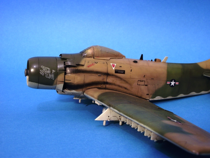 A-1J Skyraider  - Σελίδα 2 DSCF6918