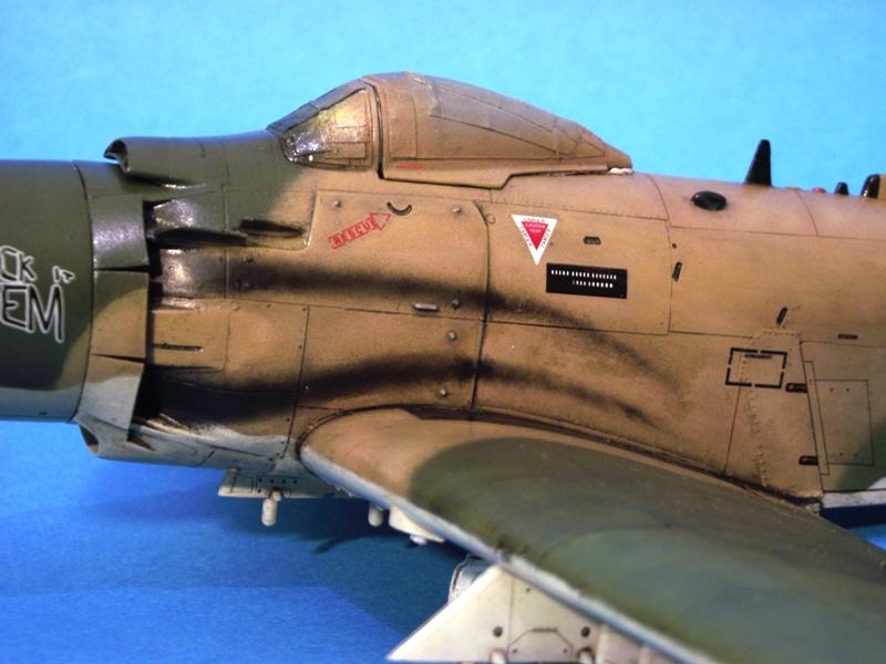 A-1J Skyraider  - Σελίδα 2 DSCF6924