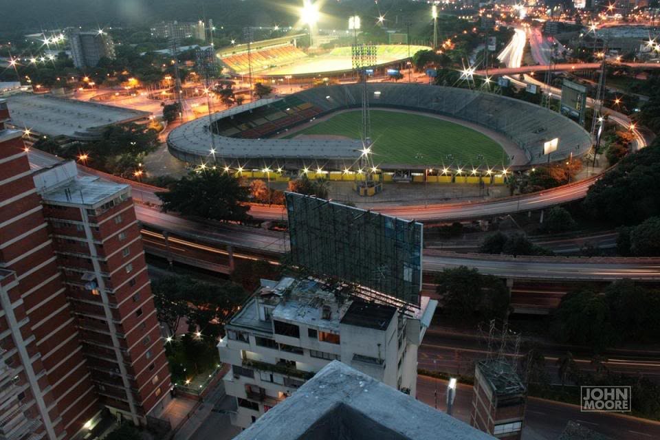Caracas | Estadio Olímpico Universitario | 22.000 12111740vi8