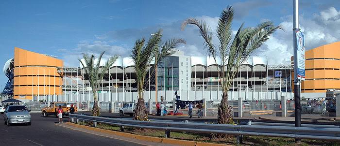 Puerto Ordaz   CTE Cachamay   42.000 700px-Cte_cachamay_frente