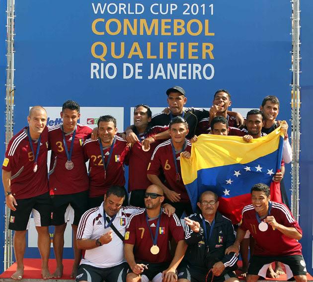 Fútbol Playa internacional - Página 3 Vinotinto-playera-1