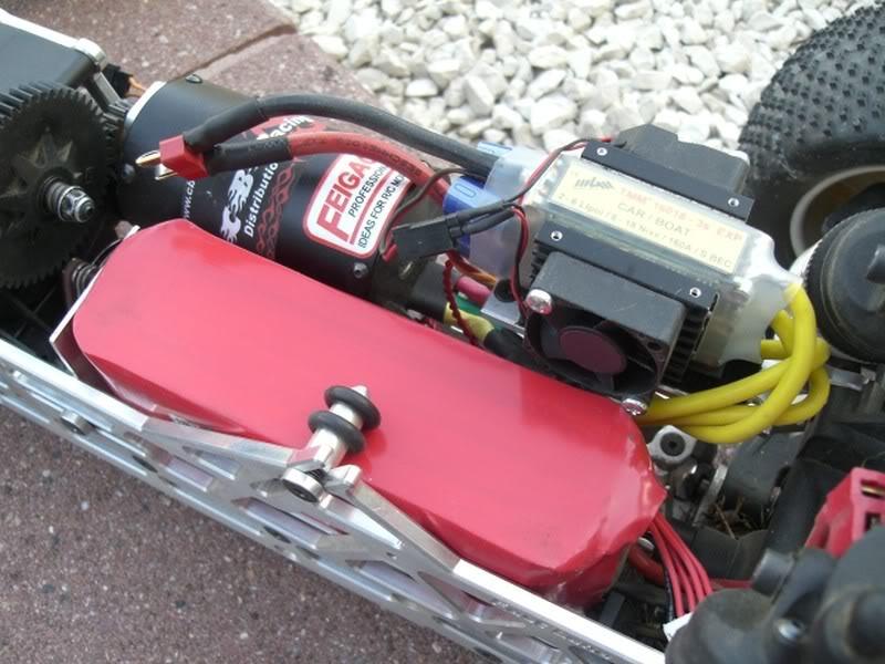 Mon savage aux électrons ! MAJ du 19/02 : Changement moteur+chassis CIMG1140800x600