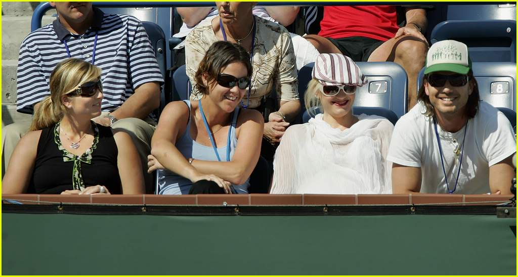 Fotos de Mirka Gwen-stefani-caught08