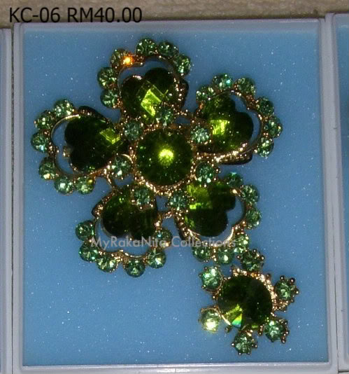 Swarovski Crystal & Pearl Brooches From Sabah KC-06-RM40-1