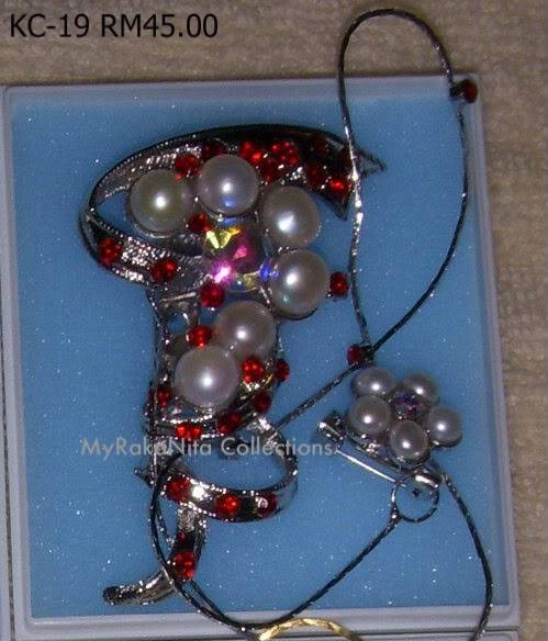 Swarovski Crystal & Pearl Brooches From Sabah KC-19-RM45-1