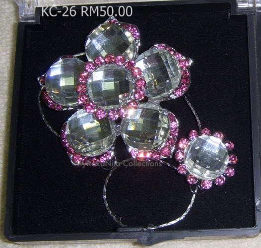 Swarovski Crystal & Pearl Brooches From Sabah KC-26-RM50-1