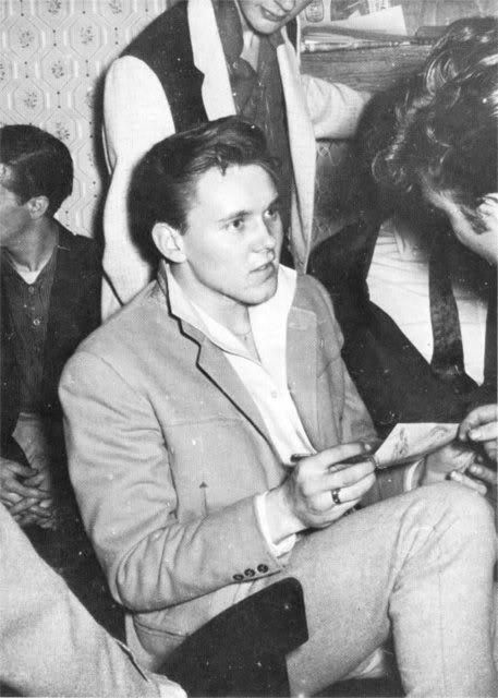10/05/1960 (Wyvern Social Club, 108 Seel Street, Liverpool) 08