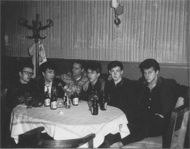 28/9/1960 (Harold's Coffee) 1-10
