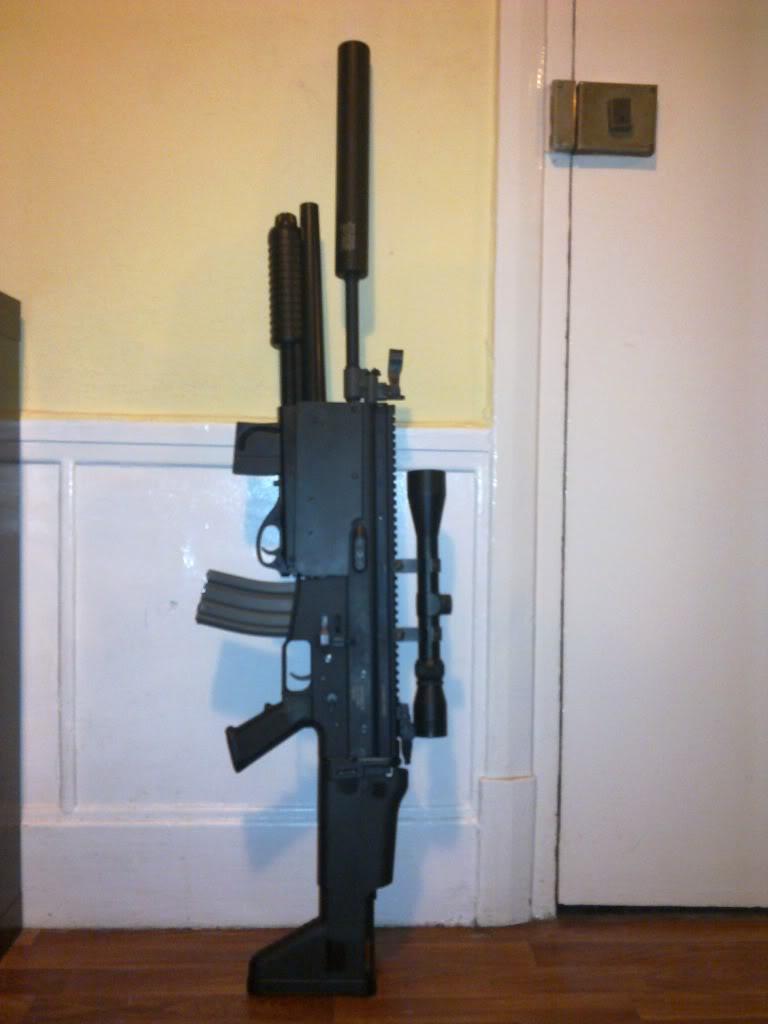 se vende scar l de clasic army con escopeta 13032011314