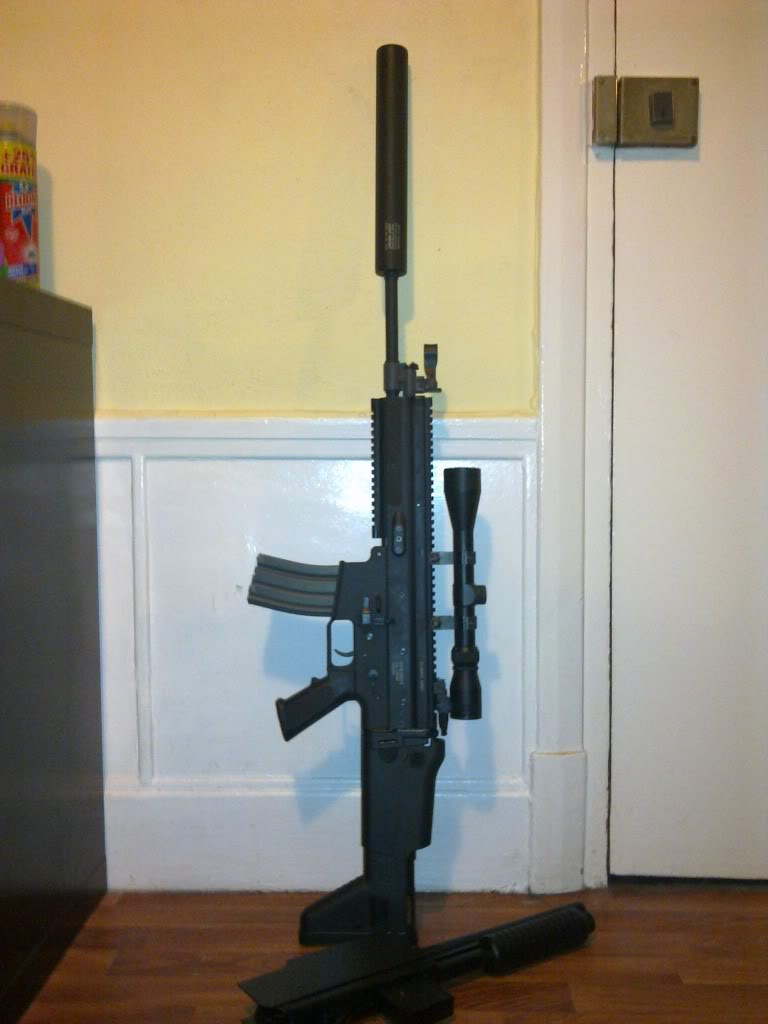 se vende scar l de clasic army con escopeta 13032011321