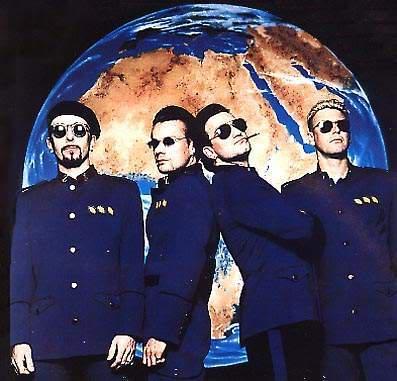 Buon Compleanno U2...!!! Zooropa1