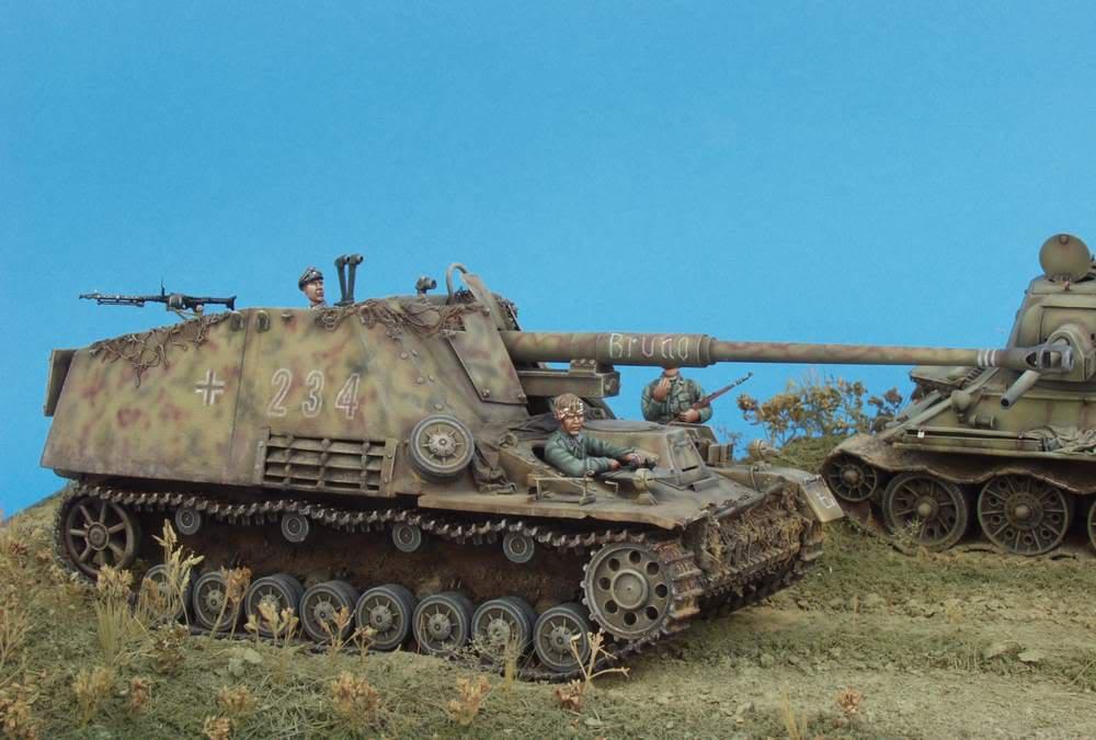 HUNTER AND VICTIM  KURSK 1943 1/35 DIORAMA P1016575