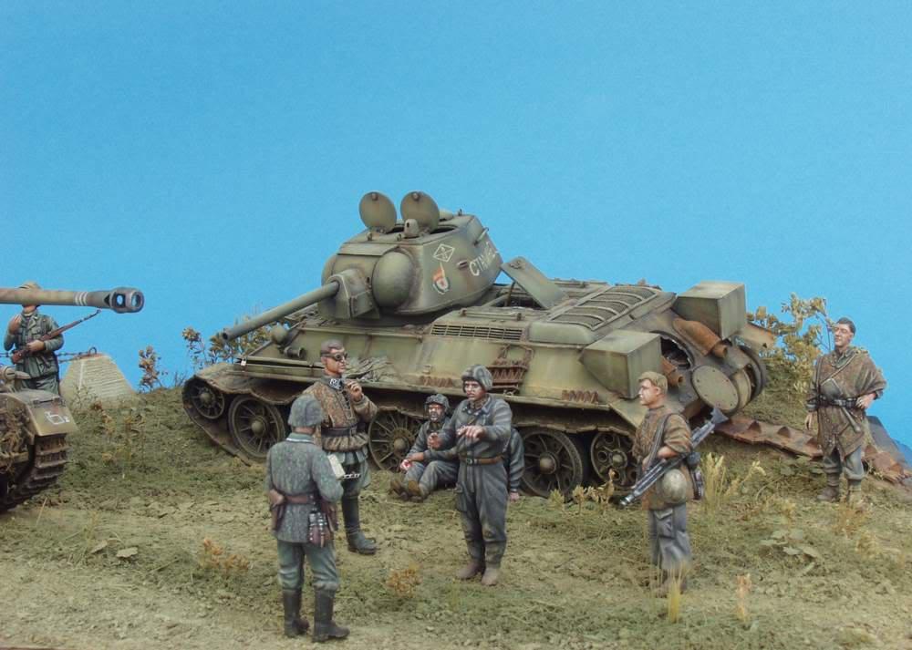 HUNTER AND VICTIM  KURSK 1943 1/35 DIORAMA P1016576