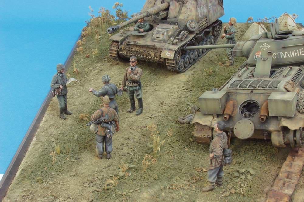 HUNTER AND VICTIM  KURSK 1943 1/35 DIORAMA P1016579