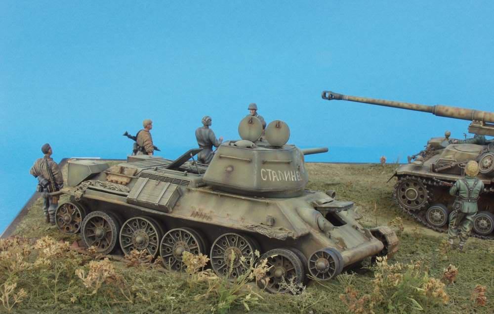 HUNTER AND VICTIM  KURSK 1943 1/35 DIORAMA P1016580