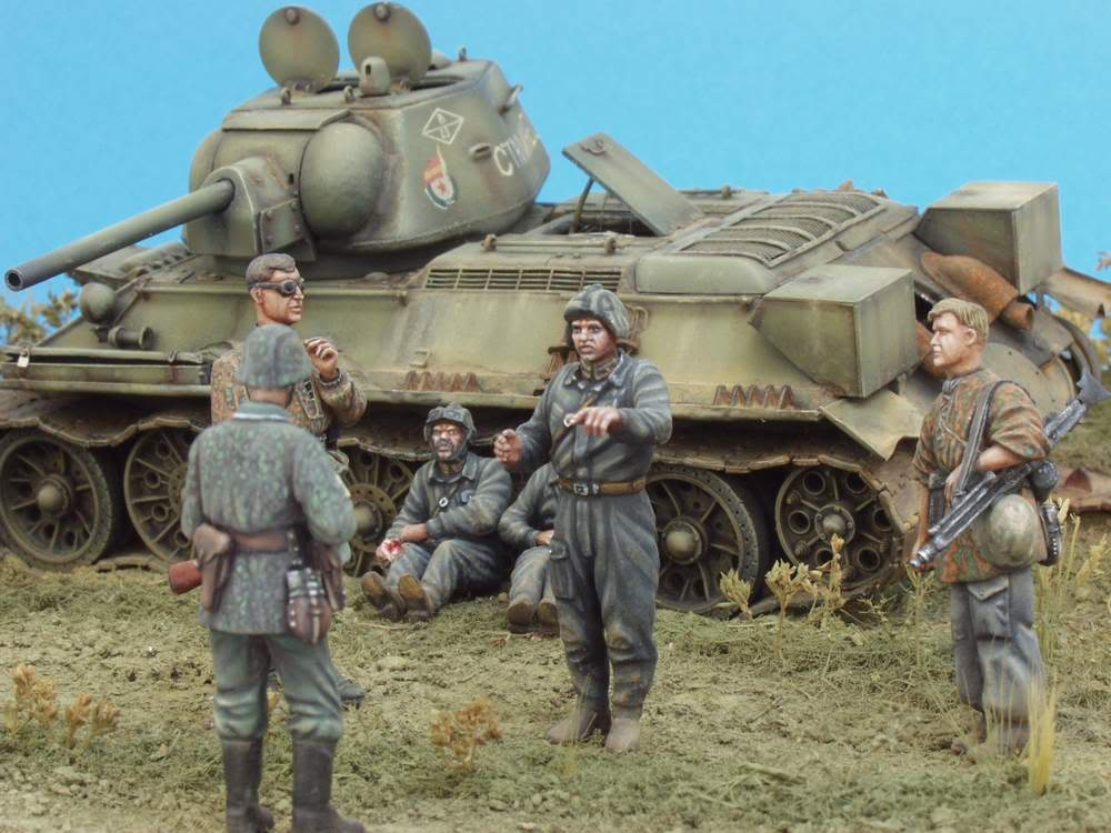 HUNTER AND VICTIM  KURSK 1943 1/35 DIORAMA P1016588