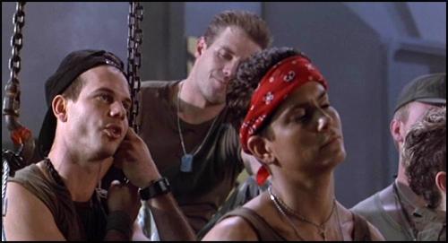 Aliens (1986) Aliens_vasquez_hudson_hicks