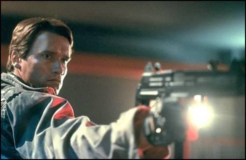 The Terminator (1984) Terminator_arnold_gun