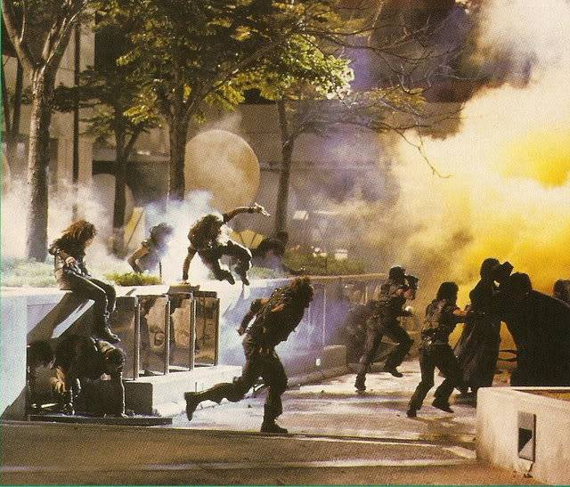 Demolition Man (1993) DemolitionMan8