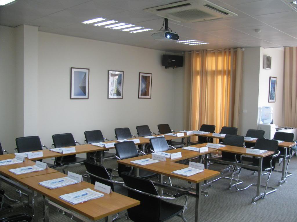 Cho thuê phòng hội thảo giá rẻ Hinhanhphonghop1-1