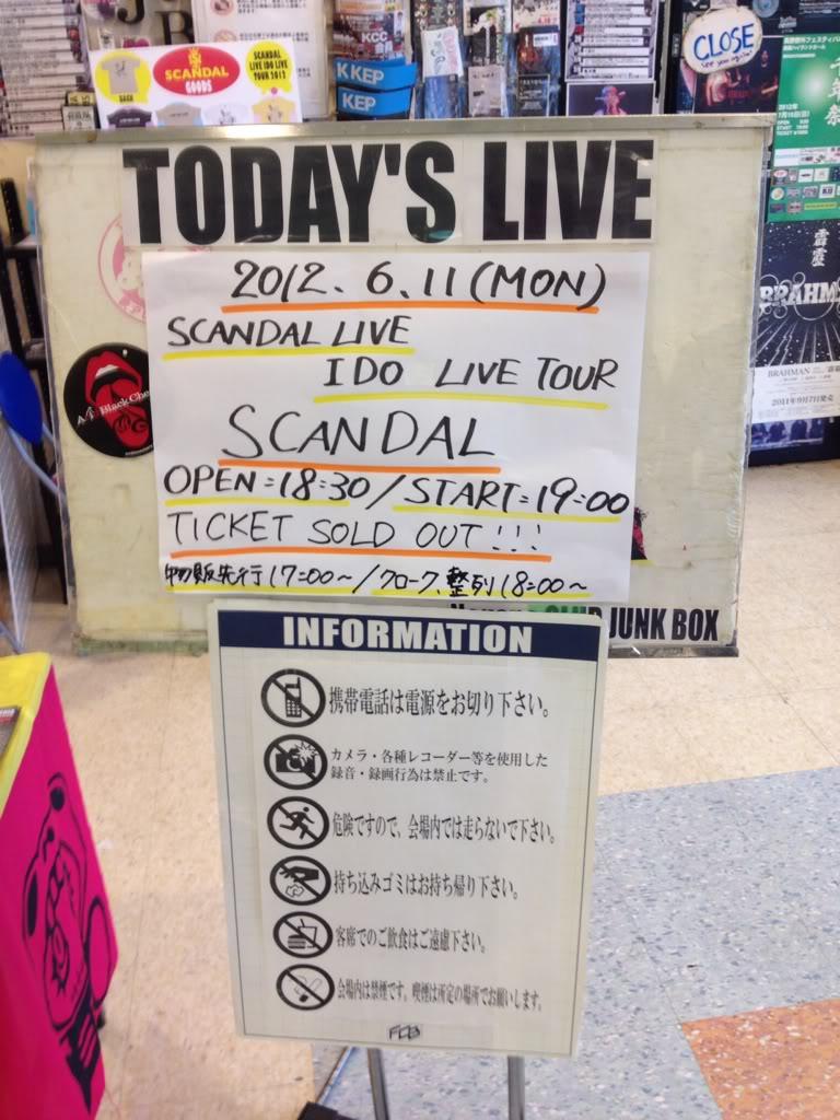 SCANDAL 「LIVE IDO LIVE」TOUR 2012 - Page 3 1384bdb8