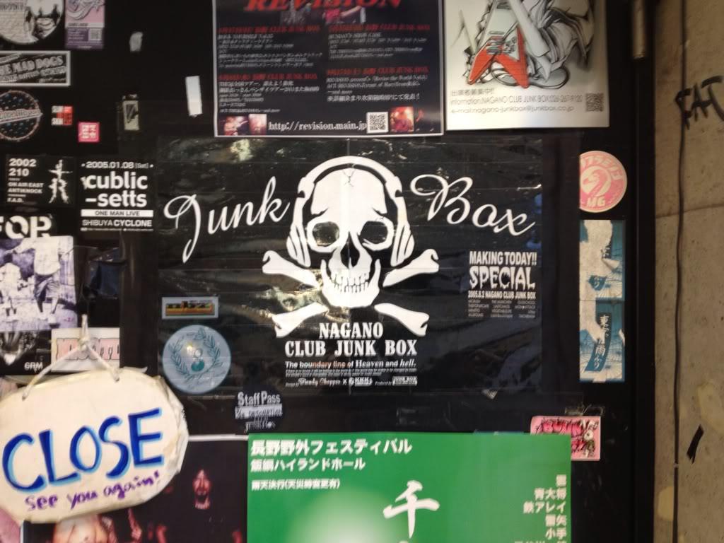 SCANDAL 「LIVE IDO LIVE」TOUR 2012 - Page 3 Db976509