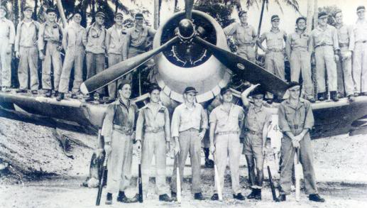 Actual WWII aircraft pictures - ALLIES 19peopleinfrontofblacksheep