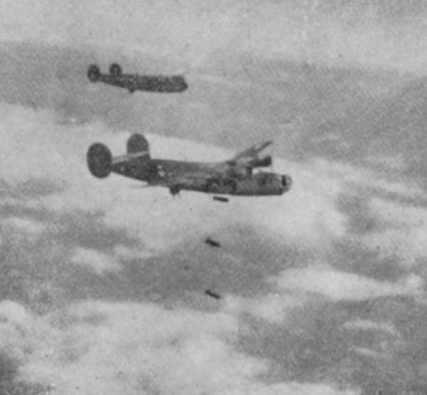 Actual WWII aircraft pictures - ALLIES Airraidattack