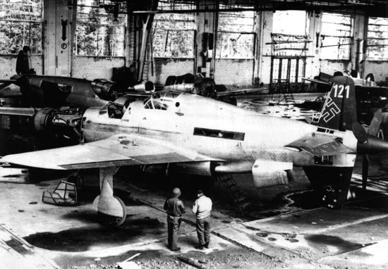Actual WWII aircraft pictures - AXIS Do_335_captured_550