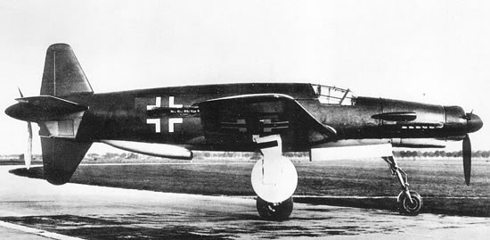 Actual WWII aircraft pictures - AXIS Do_335_prototype_550