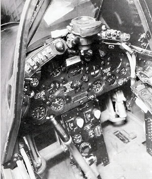 Actual WWII aircraft pictures - ALLIES F4U_cockpit_300