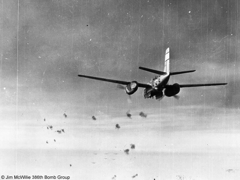 Actual WWII aircraft pictures - ALLIES FlakAhead386thBombGroupA-26Invadero