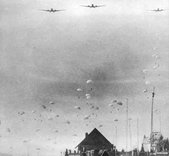 Operation Fall Gelb, Attack on Holland 10th may 1940 Germanparas