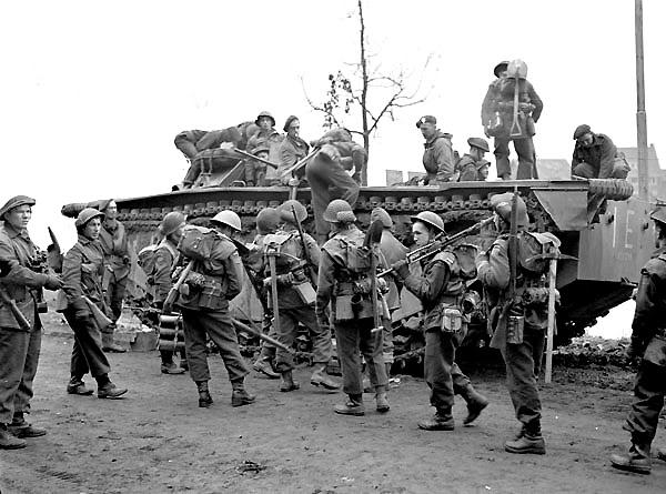 The liberation of The Netherlands InfantrymenoftheNorthShoreRegimentb